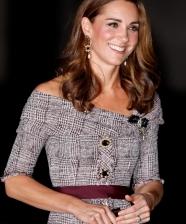 Dois looks ladylike lindos da Kate Middleton